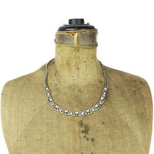 Silver Flower Collar Necklace